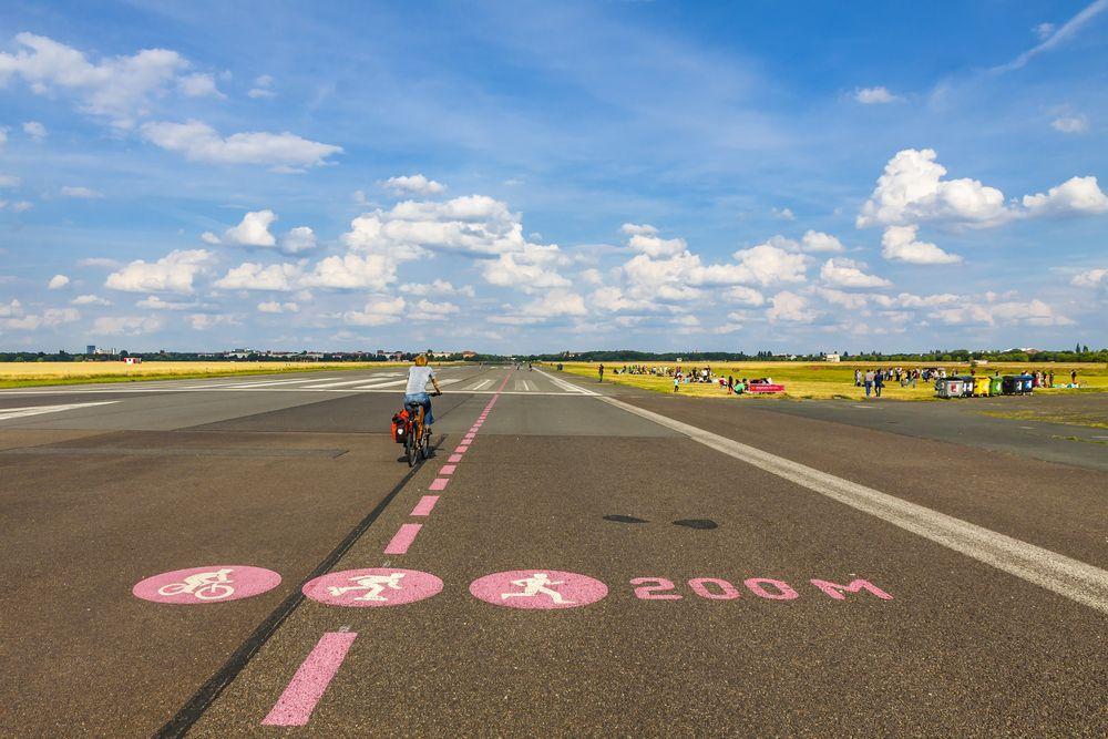 Tempelhof Feld
