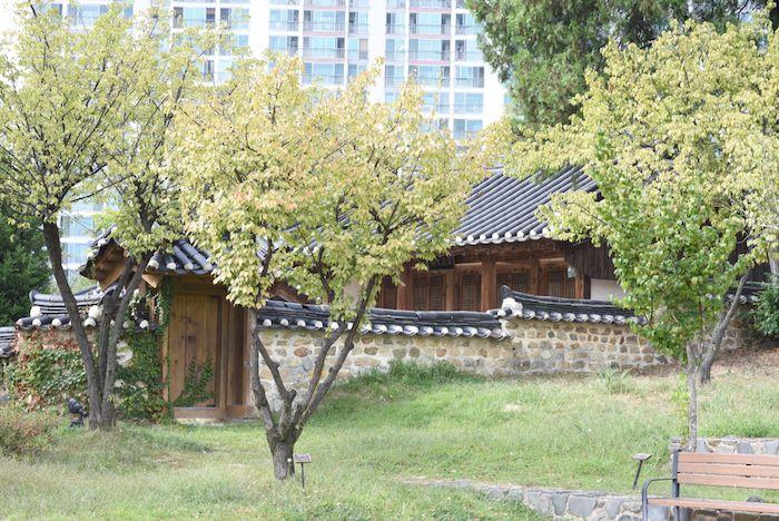 Dongchundang Park