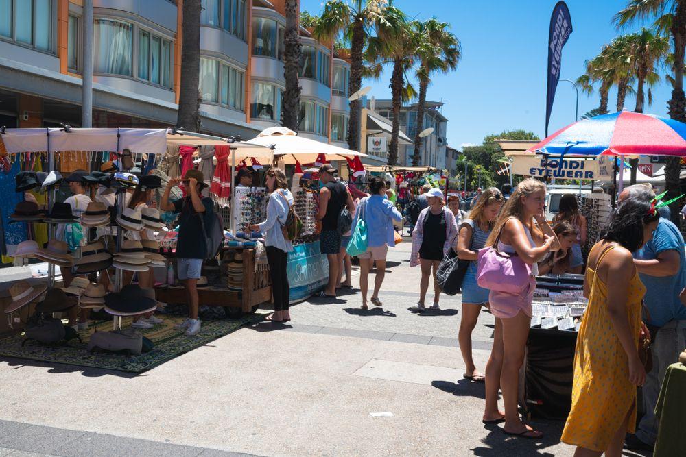 Bondi Weekend Market