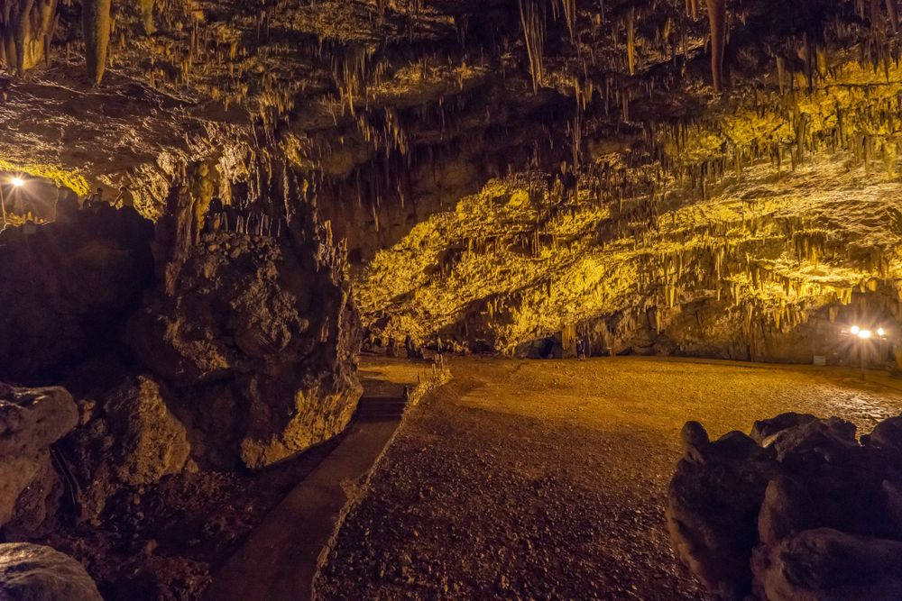 Drogarati Cave Kefalonia