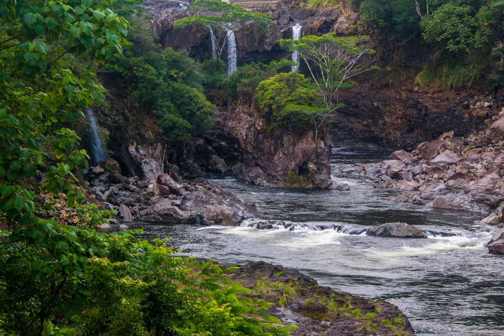 Pe'epe'e Falls