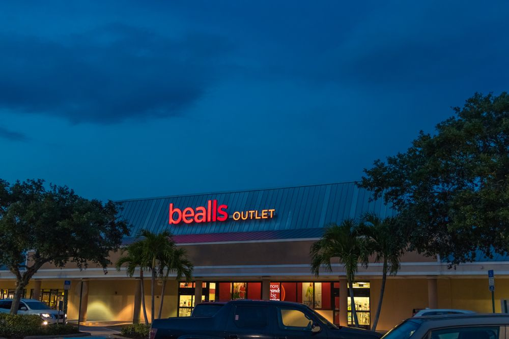 An outlet in Vero Beach