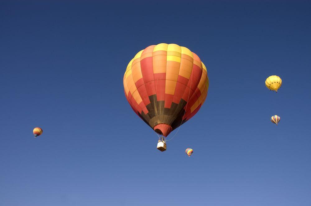Hot-air balloon in Taos