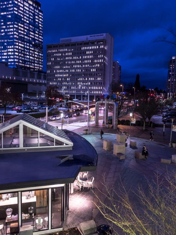Bellevue Nightlife