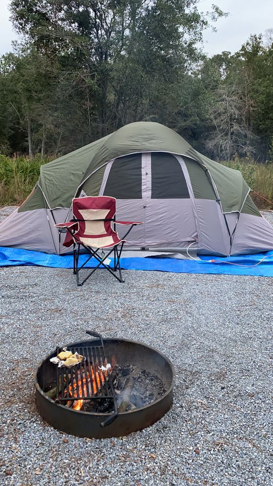 Camping at Colt Creek State Park