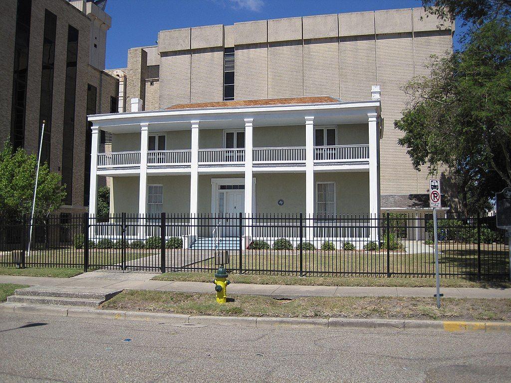 Centennial House in Corpus Christi
