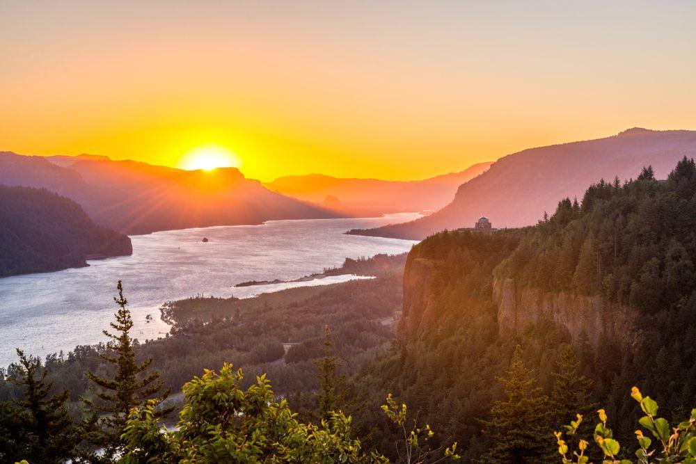 Sunrise at Columbia River Gorge