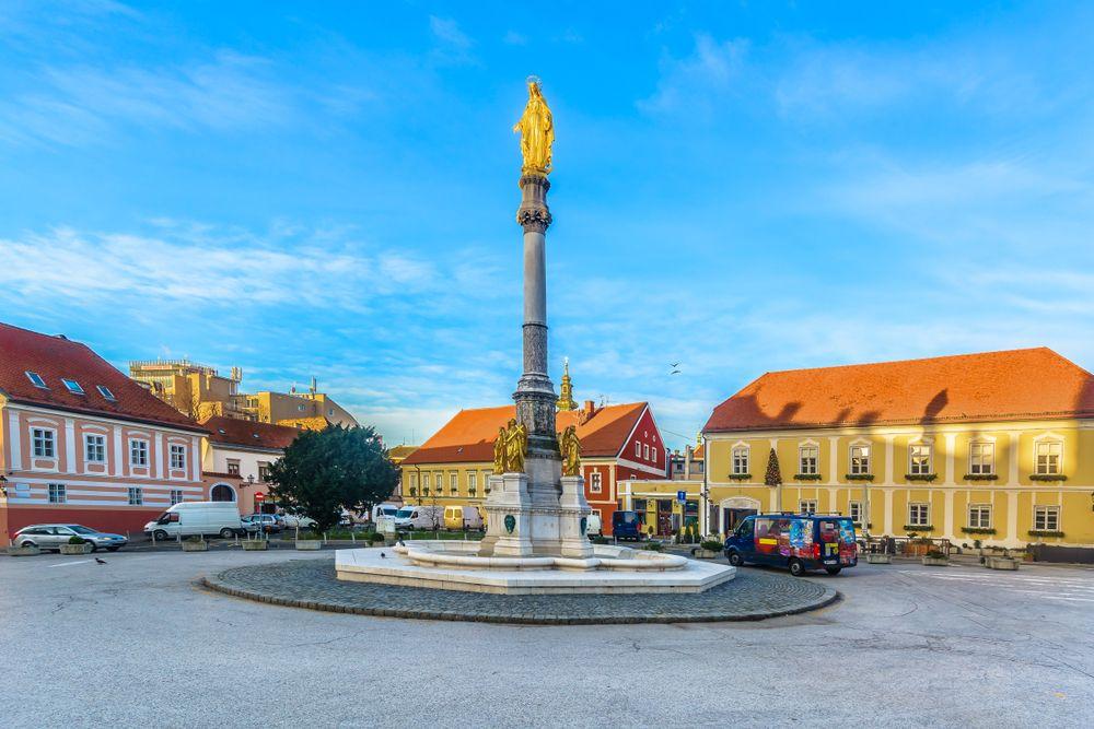 Kaptol square