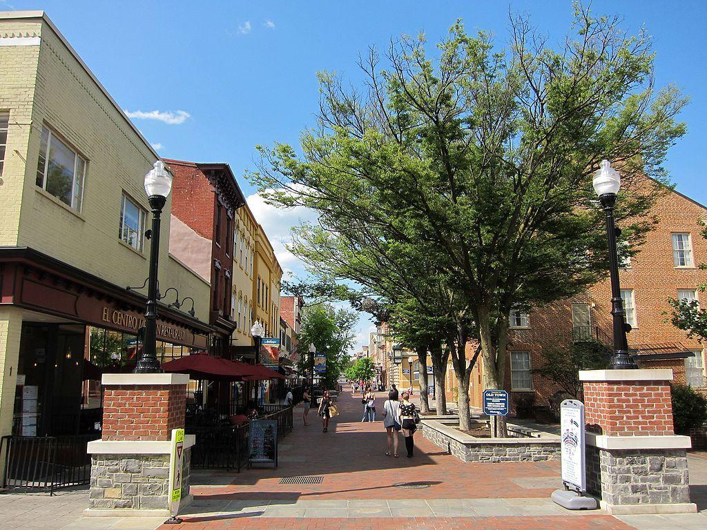 Loudoun Street Pedestrian mall