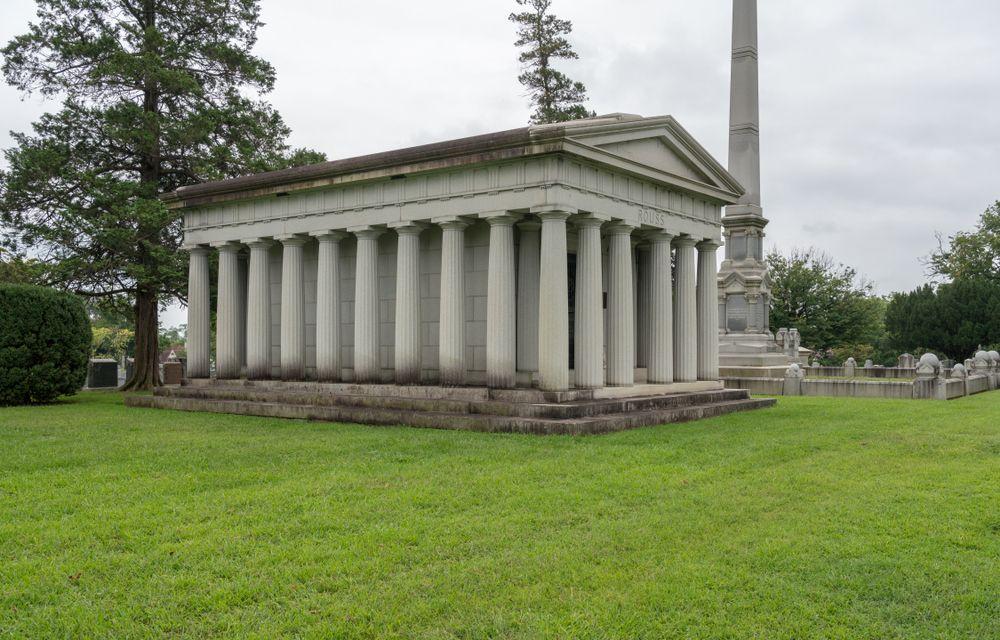 Rouss tomb in Mount Hebron Cemetery