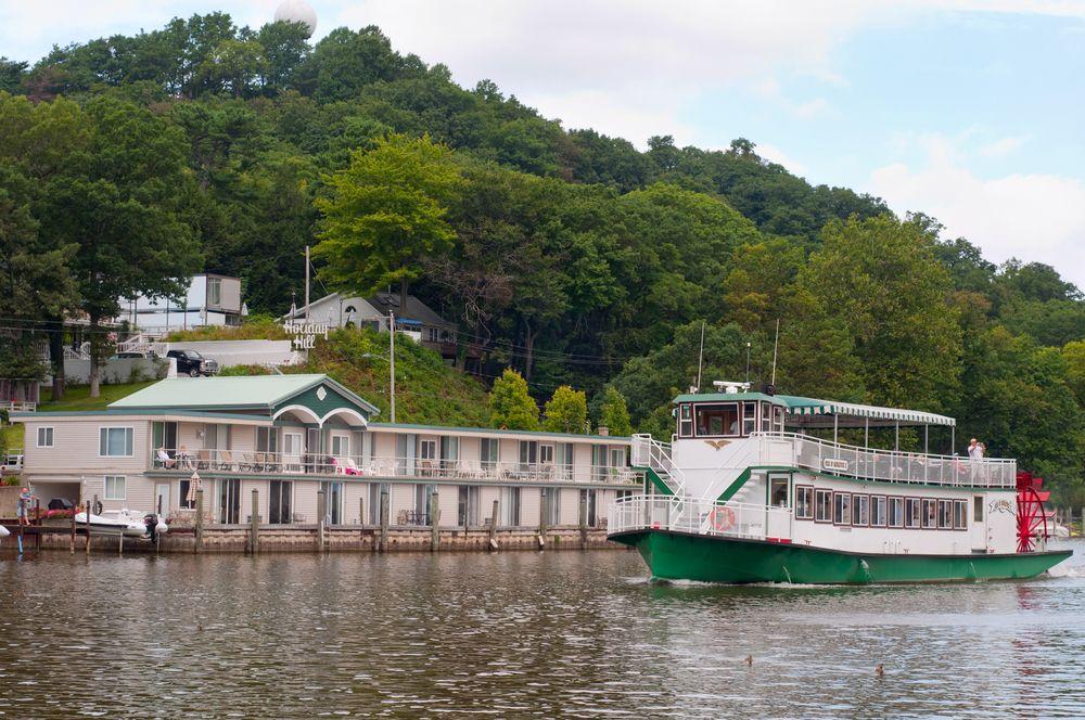 River Cruise in Saugatuck