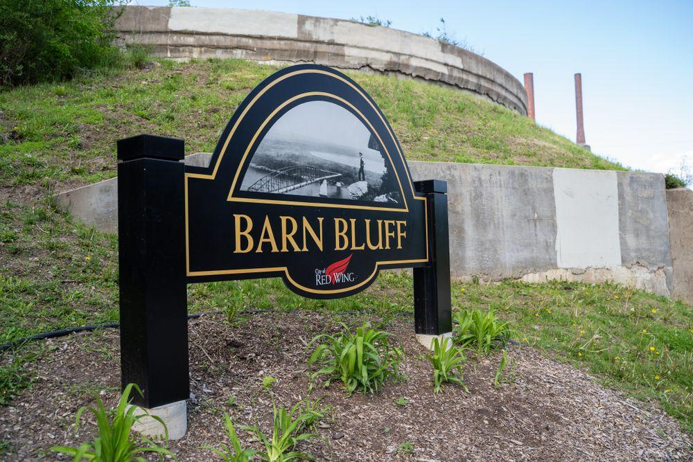 Barn Bluff
