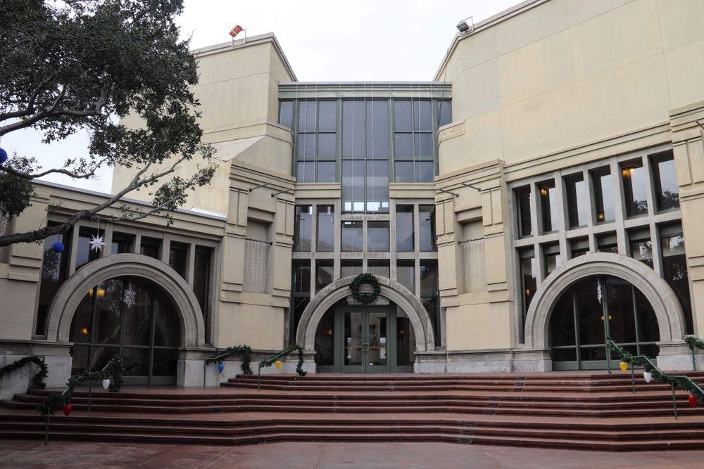 California Centre for the Arts