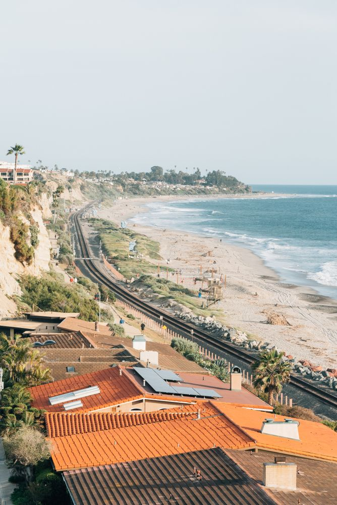 San Clemente view of trail and railroad
