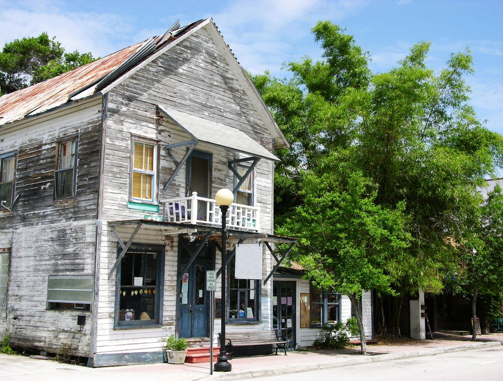 Shop house in Cocoa village
