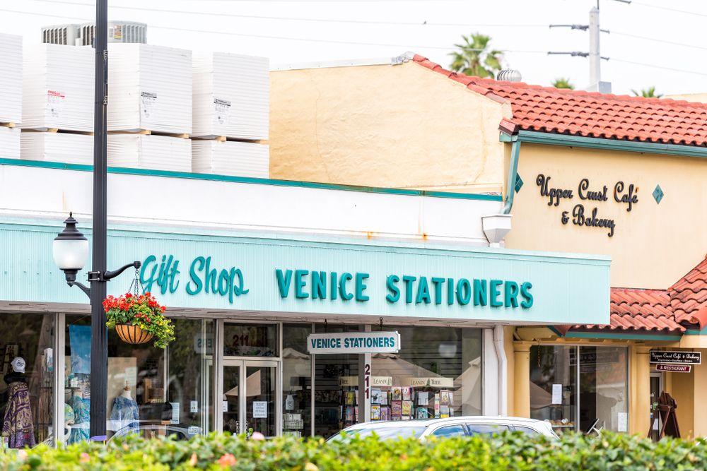 Shops at Venice Mainstreet