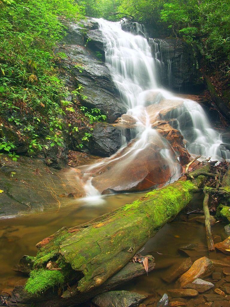 Log Hollow Waterfalls