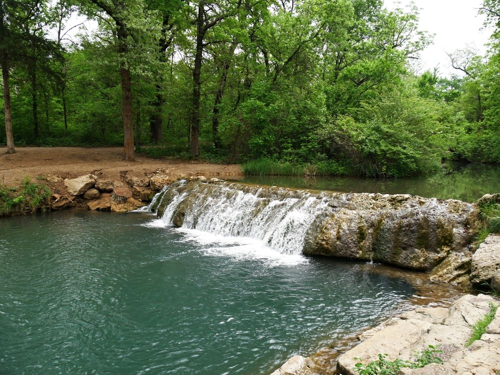 Little Niagara waterfall at Chickasaw National Recreation Area