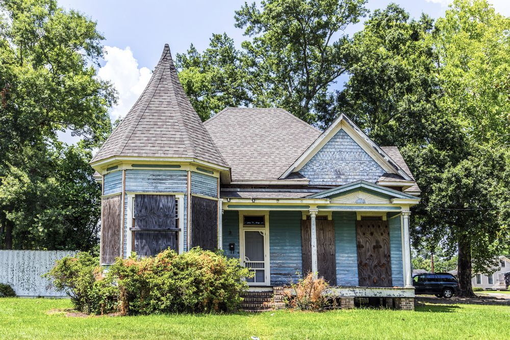 Farm house at Charpentier Historic District