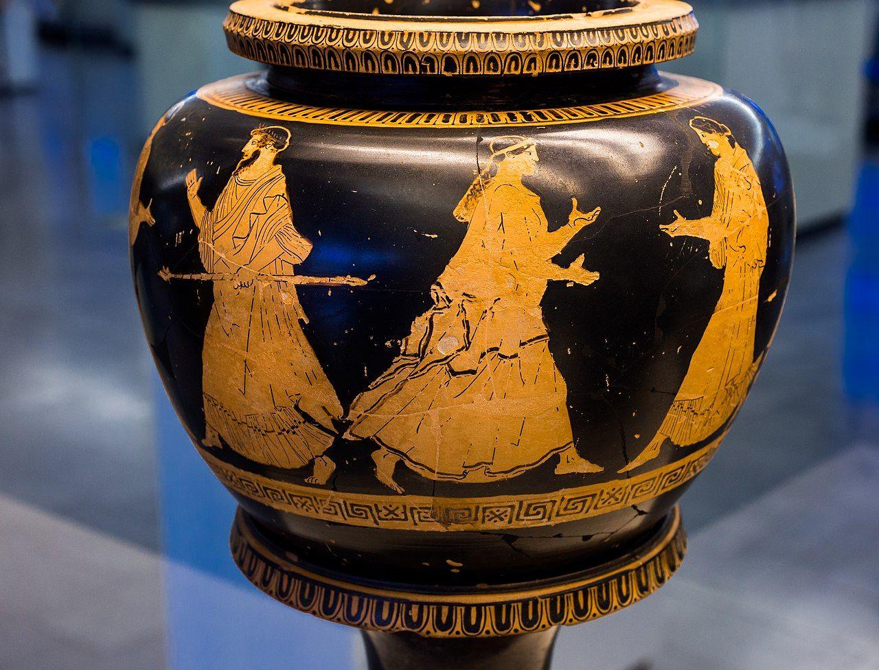 Ancient vase in Martin Von Wagner Museum