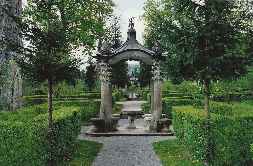 Palace garden in Schloss Veitshochheim