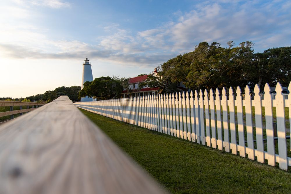 Wide view of Ocracoke Lighthouse