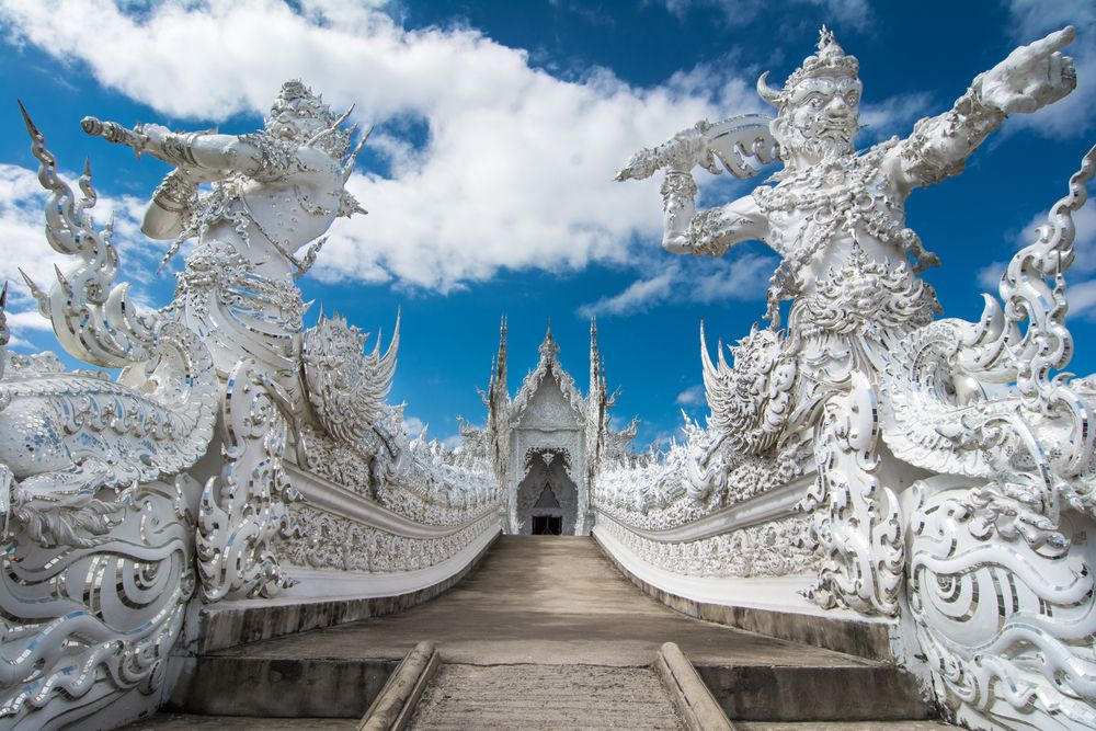 Outside view of Wat Rong Khun
