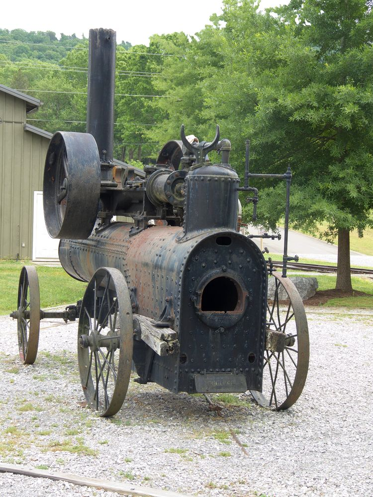 A Frick steam engine in The Little River Railroad and Lumber Company Museum