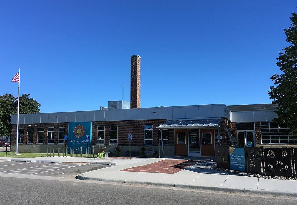 Outside View of Children's Museum of Southern Minnesota