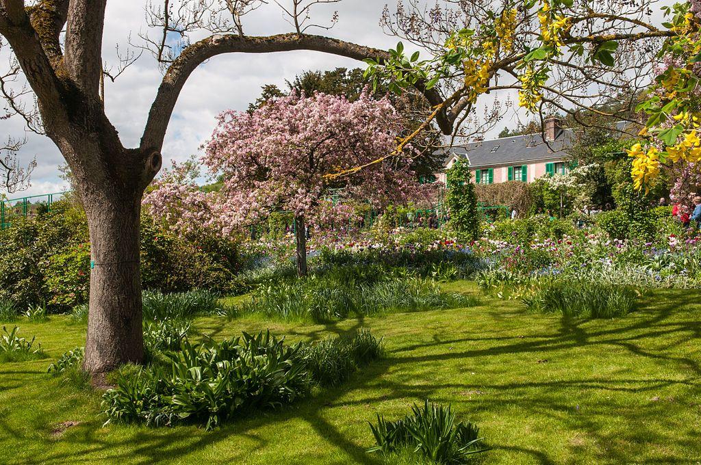 Beauty of The Monet Garden