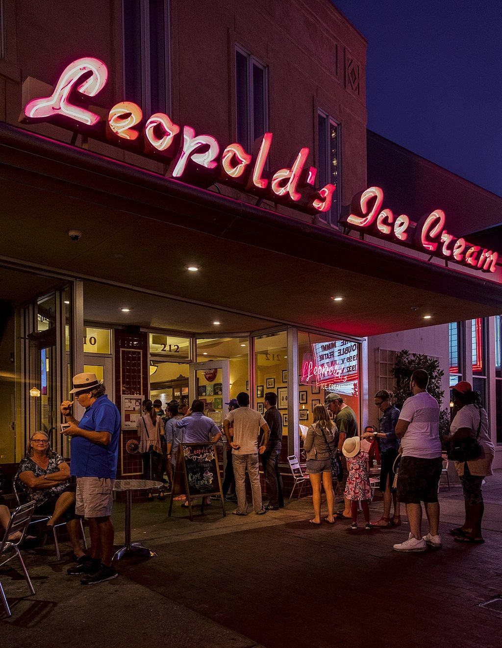 People outside of  Leopold's Ice Cream