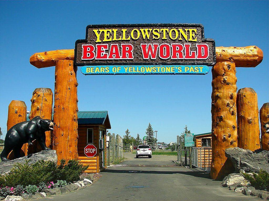 Outside view of Yellowstone Bear World