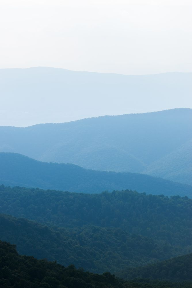 Landscape of Bearfence Mountain Trailhead