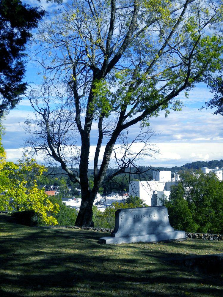 Gravestone in Myrtle Hill Cemetery