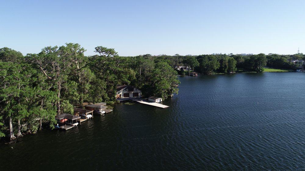 Lake on Kraft Azalea Gardens