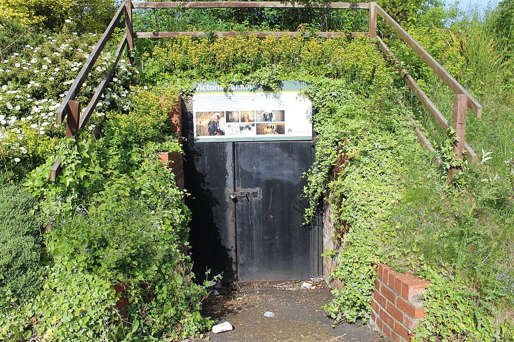Entry to Victoria Tunnel