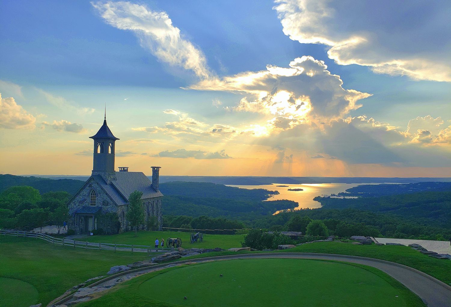 15 Best Things to Do in Branson, MO With Kids