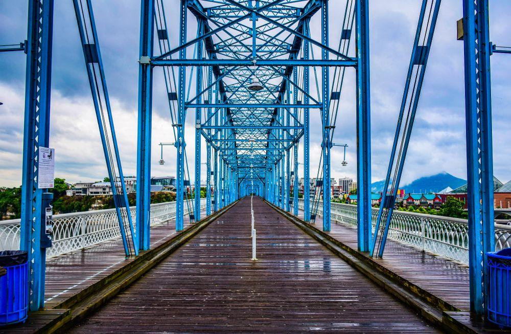 Closer view of Walnut Street Bridge
