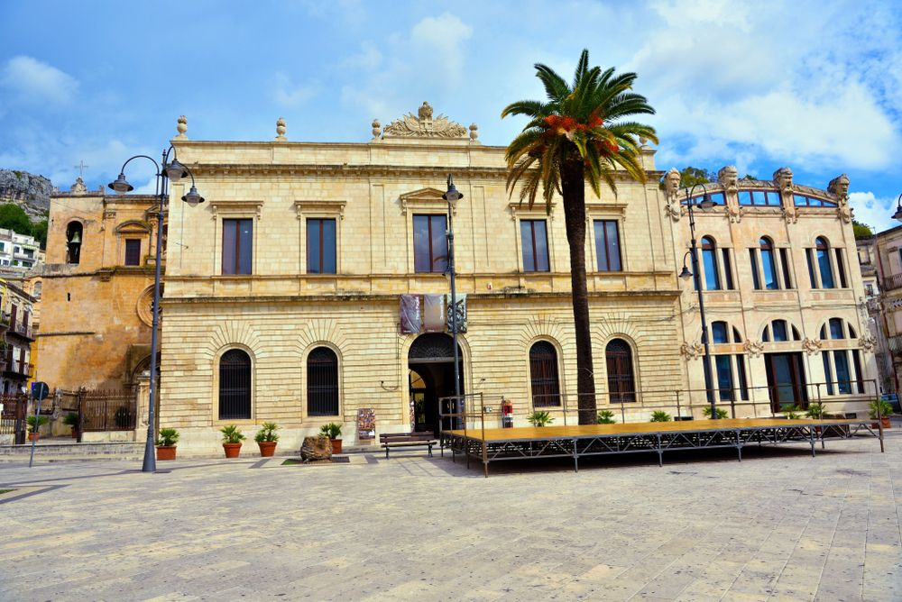 Outside view of museum tommaso campailla