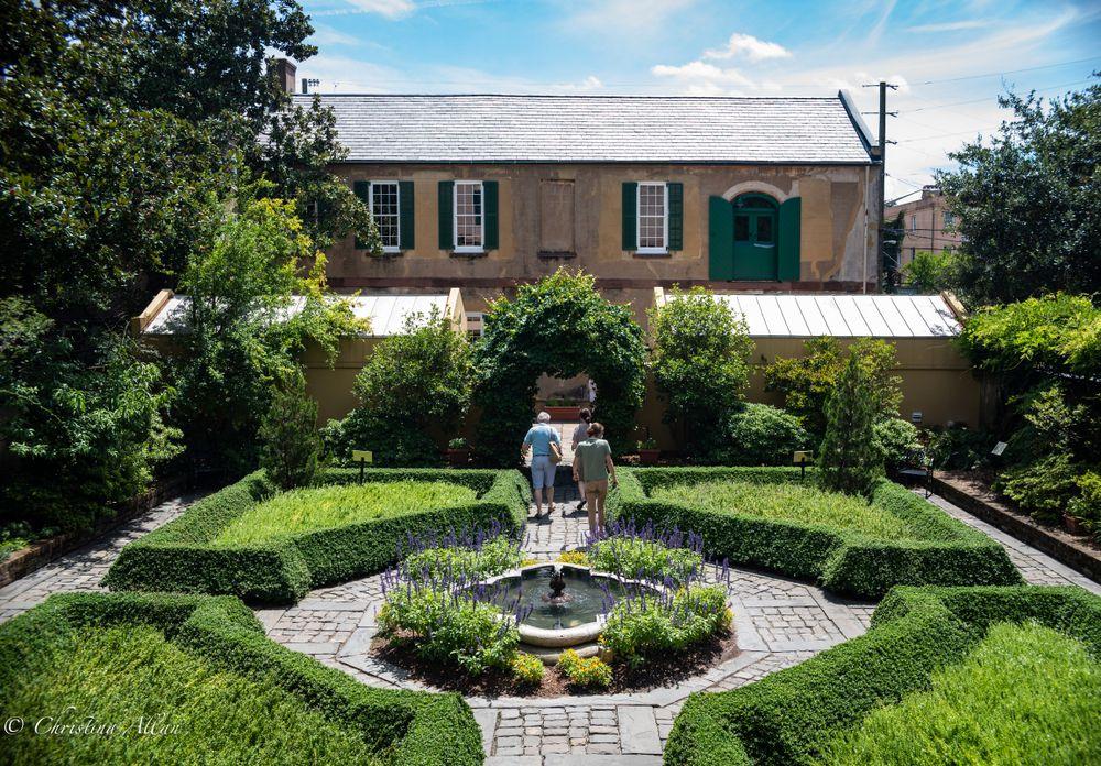 Manicured garden of Owens-Thomas House