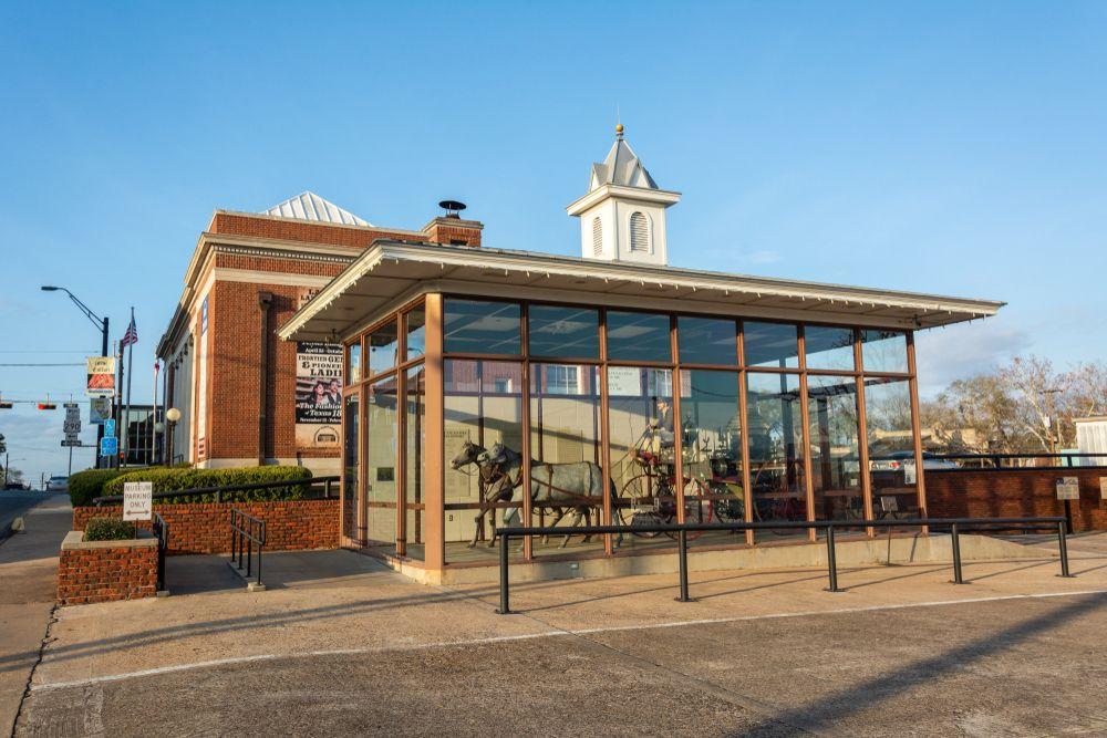 Outside View of  Brenham Fire Museum