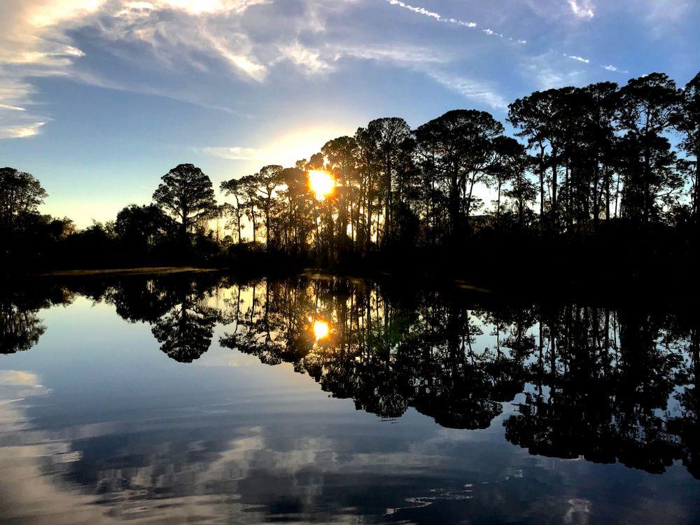 Sunrise in Lake Davenport