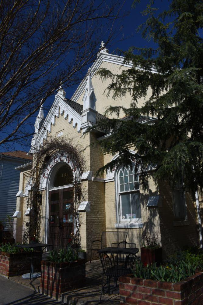 Eileen's Bakery & Cafe in in Fredericksburg