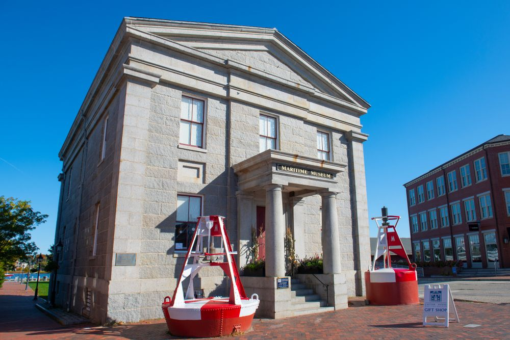 Outside view of Custom House Maritime Museum