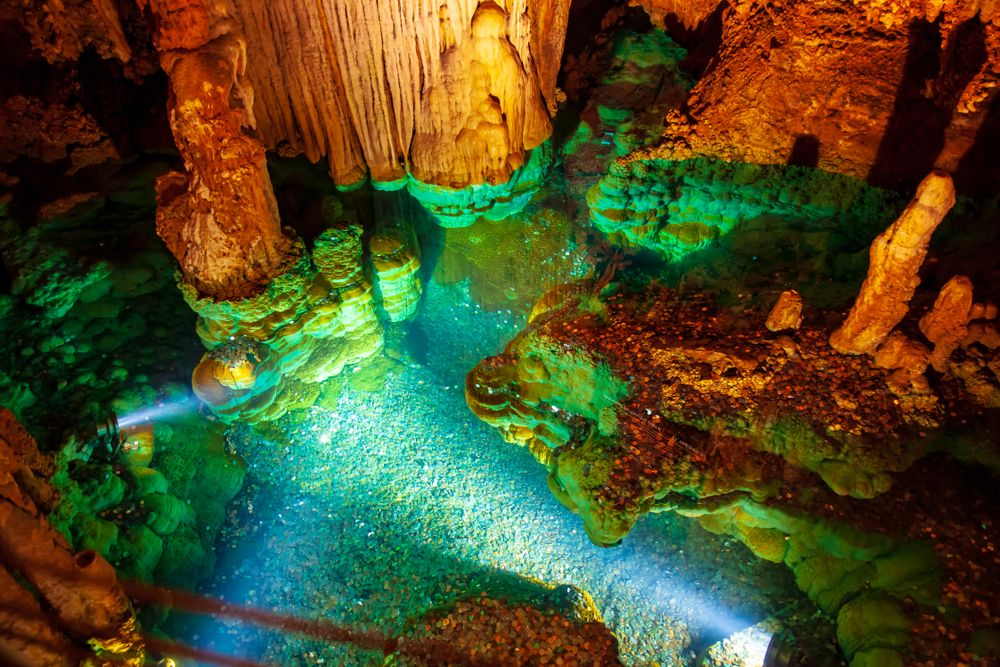 Wishing well inside Luray Caverns