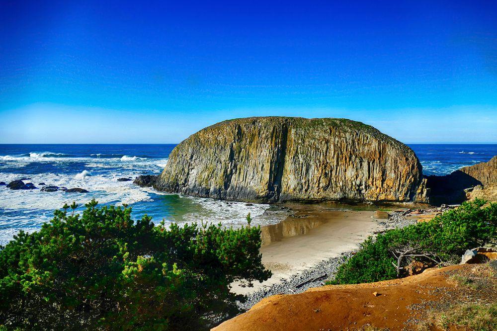 View of Elephant Rock in Oregon