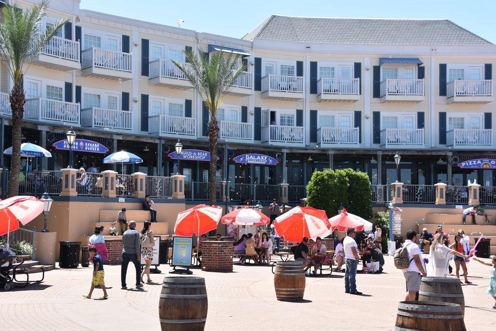 Shops at Kemah Boardwalk