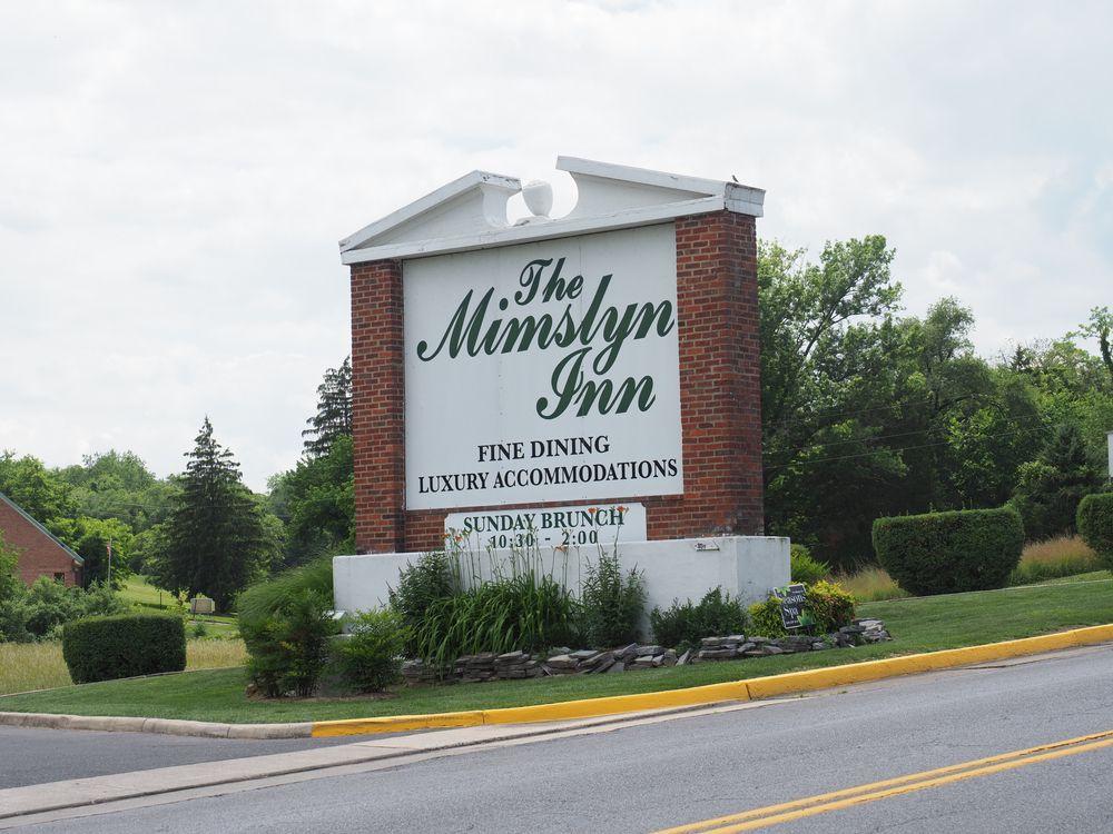 Outside Mimslyn Inn