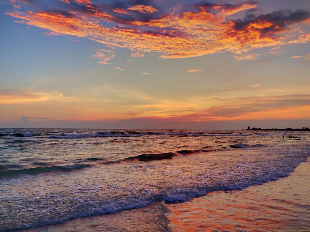 Sunset it Turtle Beach