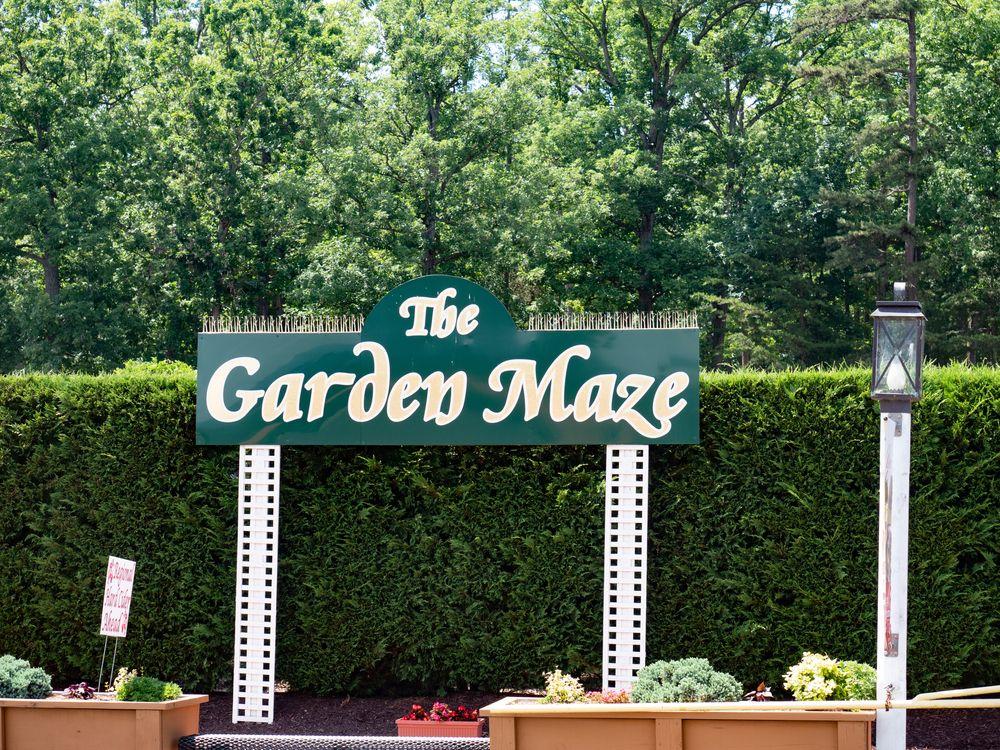 Garden Maze sign in Luray